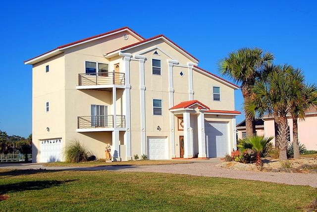 prostorný drahý dům